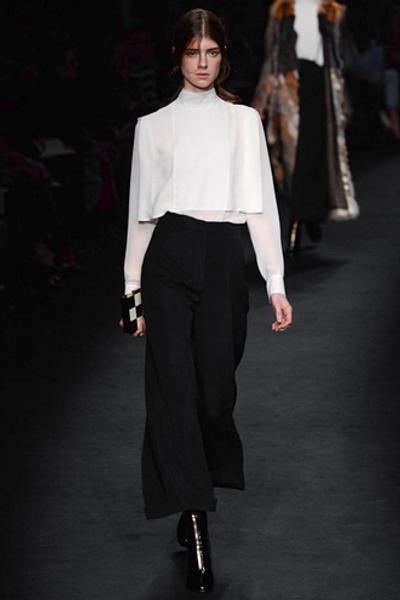 Неделя моды в Париже: показ Valentino ready-to-wear осень — зима 2015-2016 | галерея [1] фото [46]