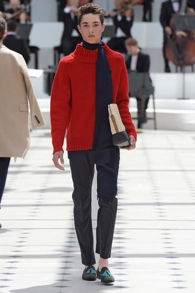 Показ Burberry Prorsum на Неделе мужской моды в Лондоне | галерея [2] фото [10]