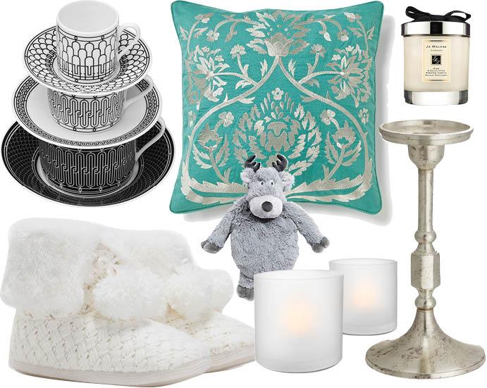 Чашки Hermes, подушка Zara Home, свеча Jo Malone, домашние сапожки Oysho, игрушка Etam, светодиодные свечи Philips TeaLights, подсвечник H&M
