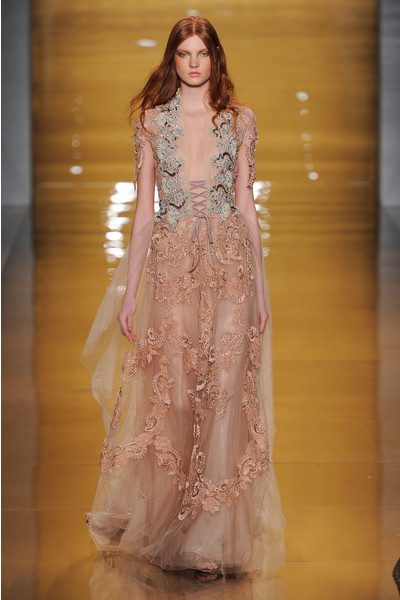 Black tie: показы Carolina Herrera, Reem Acra и Zac Posen на Неделе моды в Нью-Йорке | галерея [3] фото [4]