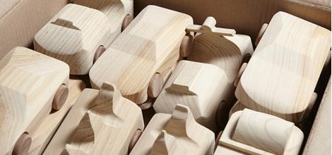 Знаменитые деревянные машинки TobeUs в Москве | галерея [1] фото [11]