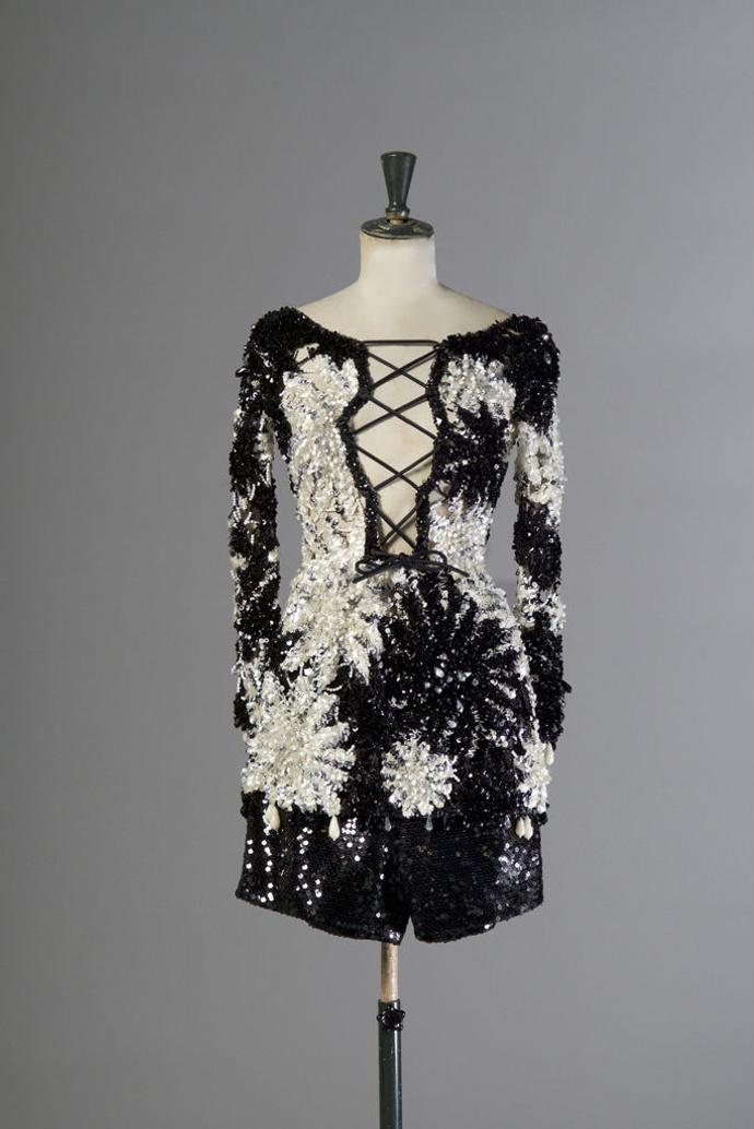 В Лионе пройдет аукцион винтажной одежды Dior