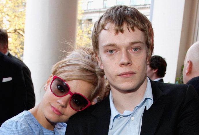Лили с братом Алфи