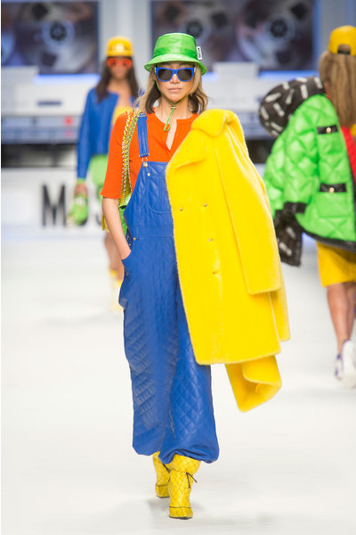 Показ Moschino на Неделе моды в Милане | галерея [2] фото [3]