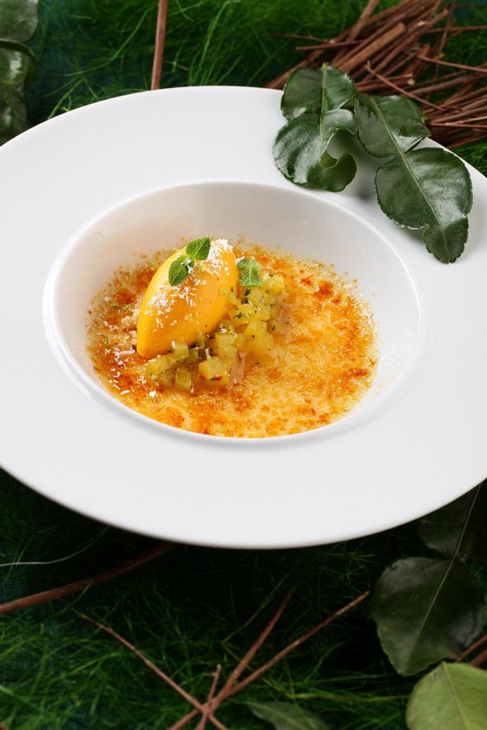 Имбирное крем-брюле с манговым сорбетом