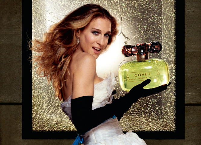 Духи знаменитостей. Каким парфюмом пользуются звезды?