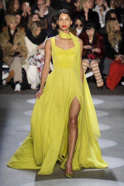 Самые красивые образы Недели моды в Нью-Йорке | галерея [1] фото [34]