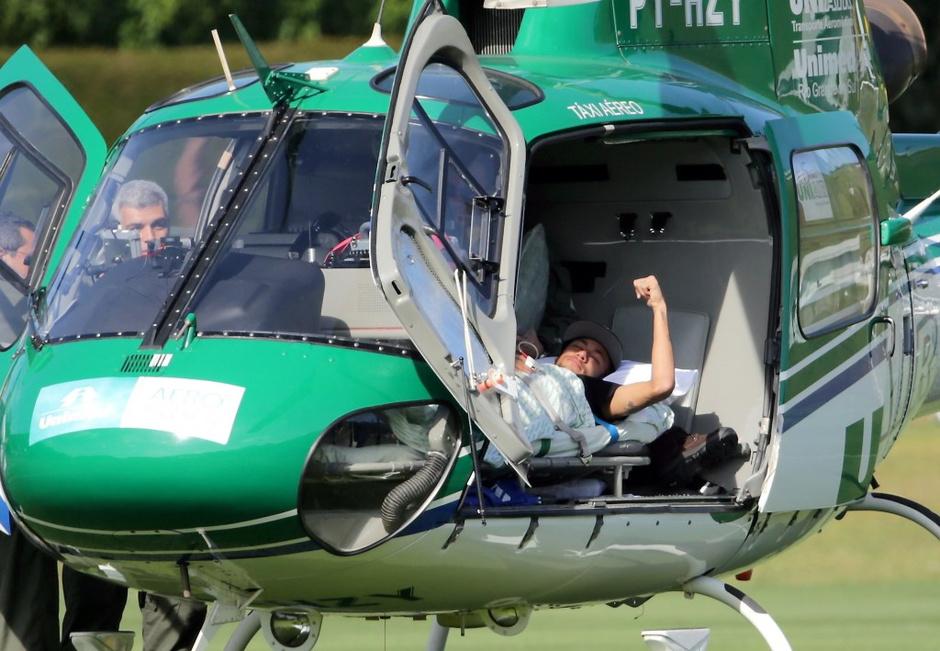 В Бразилии разгорелся скандал вокруг травмы футболиста Неймара