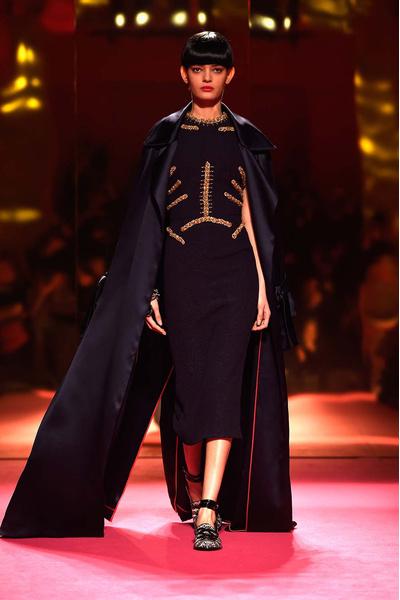 Показ Schiaparelli Haute Couture | галерея [1] фото [13]
