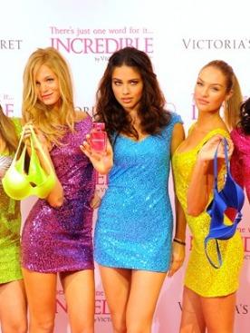 Ангелы Victoria's Secret на презентации аромата Incredible