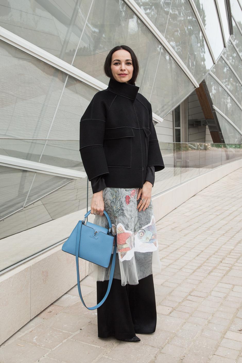 Диана Вишнева дополнила образ яркой сумкой Louis Vuitton