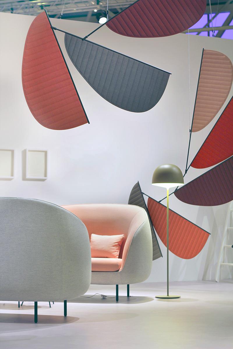 Фрагмент лаунжа на Стокгольмской мебельной выставке 2014 года, оформленного GamFratesi. Дизайнеры были приглашены на нее в качестве почетных гостей.