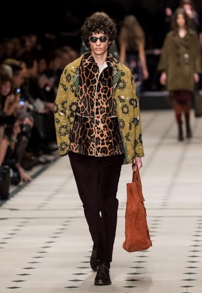 Показ Burberry Prorsum на Неделе моды в Лондоне | галерея [1] фото [12]