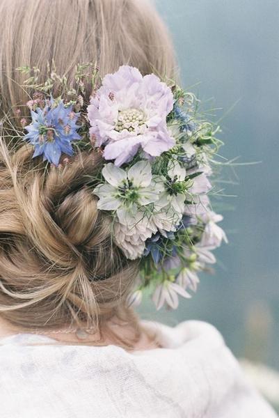 Как украсить цветами свадебную прическу | галерея [3] фото [5]