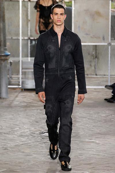 Неделя мужской моды в Париже: лучшие показы | галерея [4] фото [31]