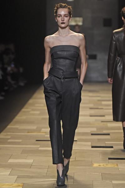 Неделя моды в Милане: 1 марта | галерея [3] фото [12]