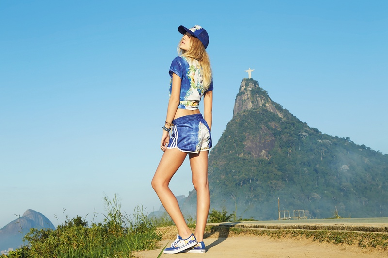 Модная одежда: шорты от Adidas