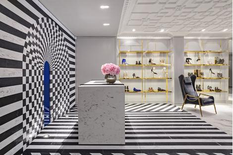 В Лондоне открылся первый флагманский магазин Aquazzura | галерея [1] фото [12]