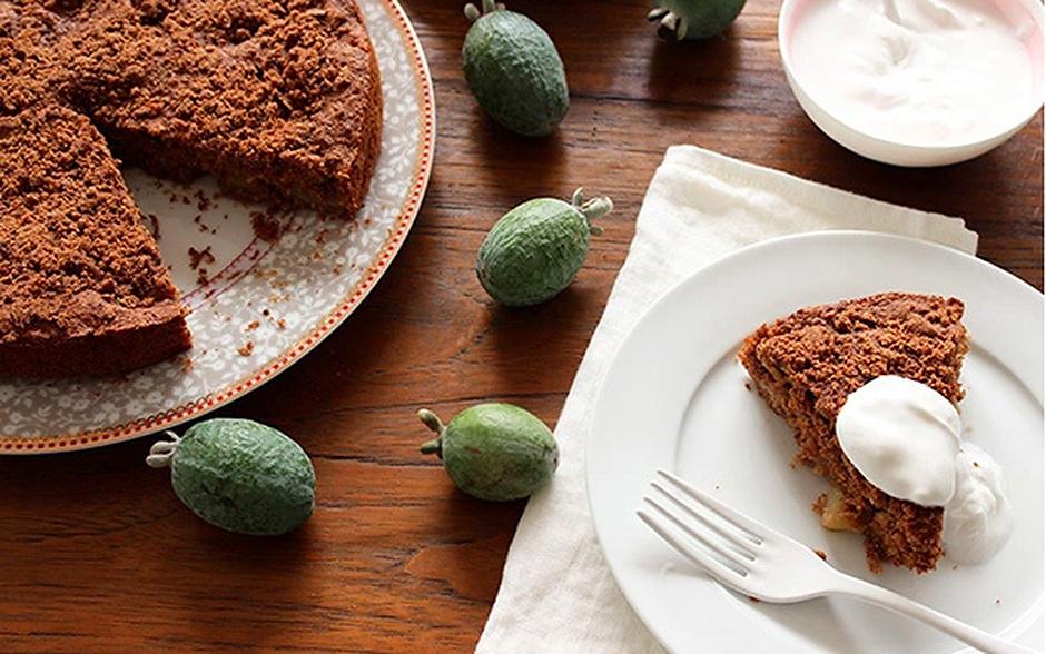 Ореховый кекс с фейхоа