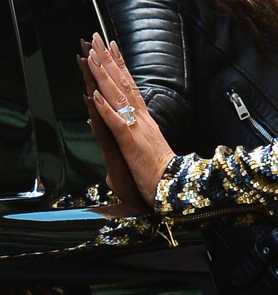 Помолвочное кольцо Мэрайи Кэри