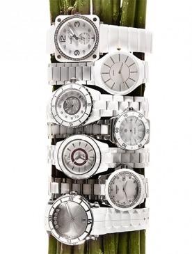 Модный тренд: керамические часы