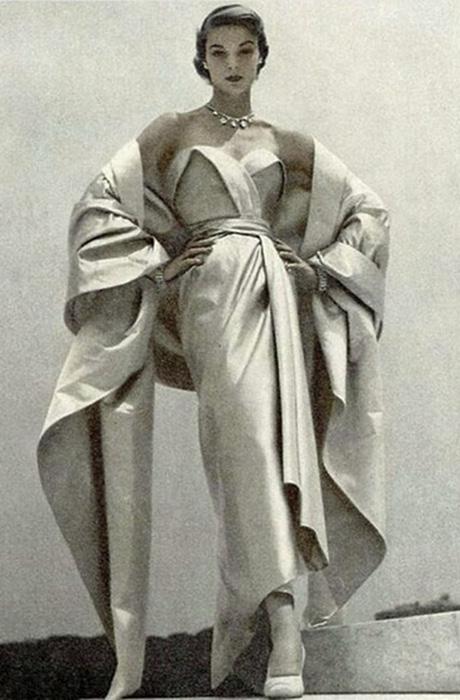 Культовые винтажные платья на красной дорожке