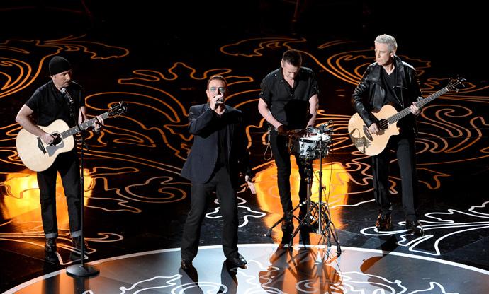 Выступление U2