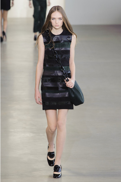 Показ Calvin Klein на Неделе моды в Нью-Йорке | галерея [1] фото [22]
