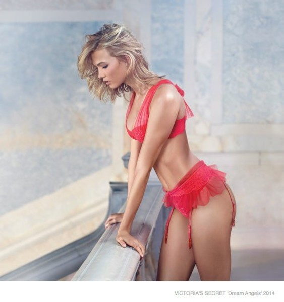 новая рождественская рекламная кампания Victoria's Secret