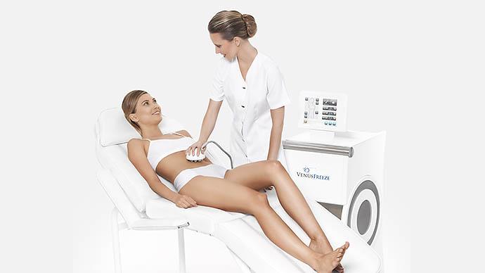 Фото из рекламы аппаратной процедуры, которую прошла София Вергара