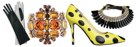Cумка, Miu Miu, 94 000 руб.; перчатки, BGN, цена по запросу; браслет, Dsquared2, 20 000 руб.; туфли, Moschino, 35 611 руб.; колье, Louis Vuitton, 97 000 руб.