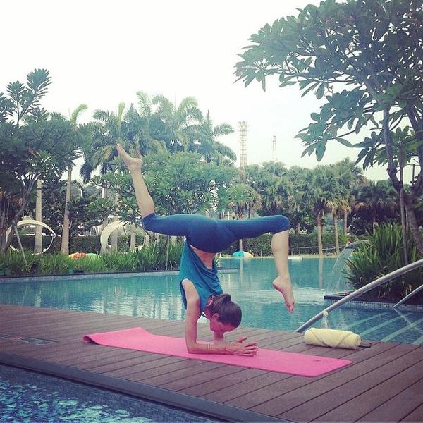 ВСТАЛА В ПОЗУ: 7 мотивирующих йога-аккаунтов | галерея [4] фото [6]