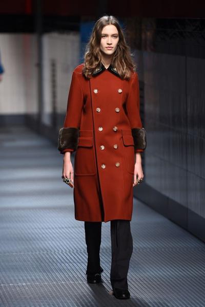 Показ Gucci на Неделе моды в Милане | галерея [1] фото [10]