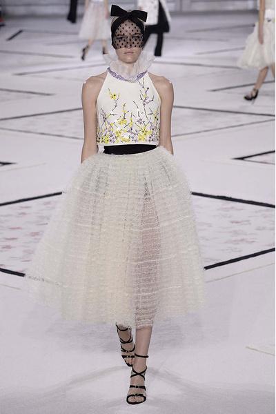 Показ Giambattista Valli Haute Couture | галерея [1] фото [13]