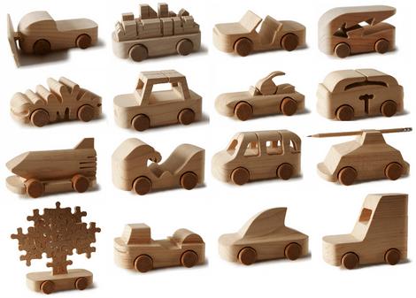 Знаменитые деревянные машинки TobeUs в Москве | галерея [1] фото [1]
