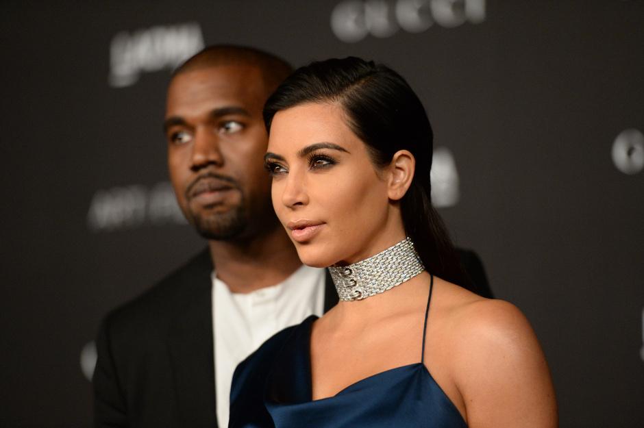 Ким Кардашьян и Канье Уэсту предложили более 2,5 миллионов долларов за первое фото сына