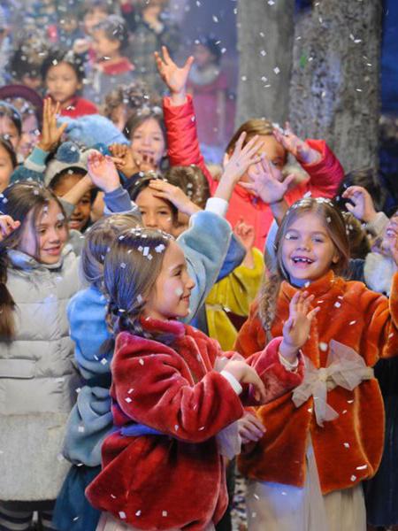 Детский мир: милые моменты с выставки Pitti Bimbo во Флоренции | галерея [1] фото [18]