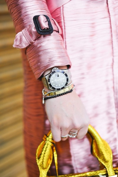 ВРЕМЯ ВПЕРЕД: Как носить часы? | галерея [2] фото [11]