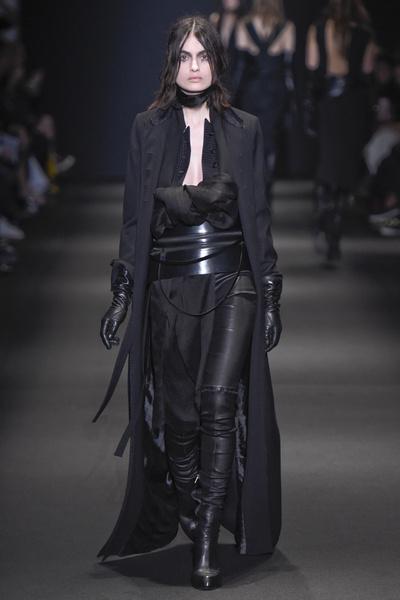 Неделя моды в Париже: 5 марта | галерея [3] фото [5]