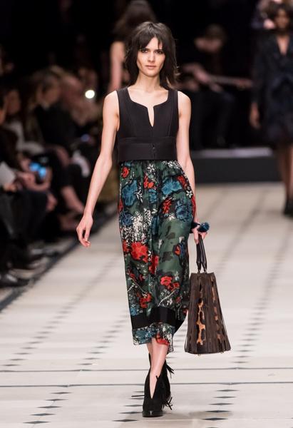 Показ Burberry Prorsum на Неделе моды в Лондоне | галерея [1] фото [18]