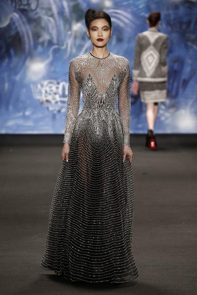 Самые роскошные вечерние платья Недели моды в Нью-Йорке | галерея [3] фото [10]