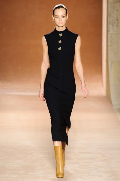 Показ Victoria Beckham на Неделе моды в Нью-Йорке | галерея [1] фото [32]
