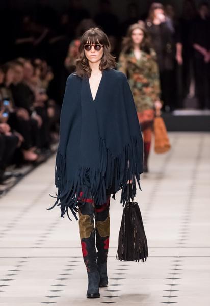 Показ Burberry Prorsum на Неделе моды в Лондоне | галерея [1] фото [27]