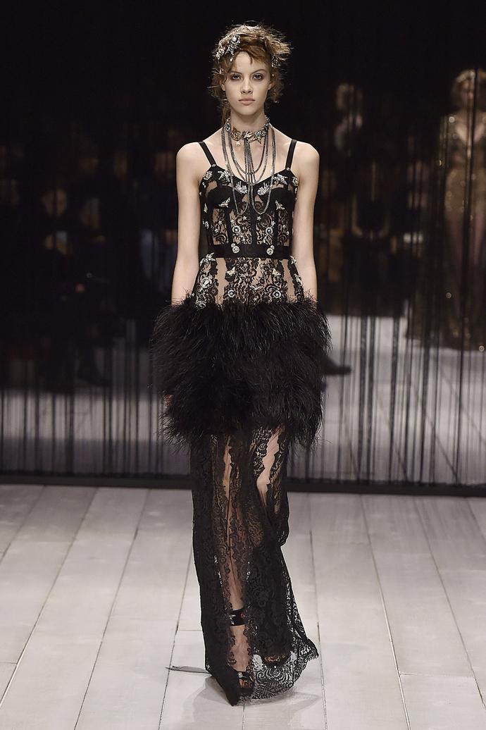 Цветные сны: показ Alexander McQueen на Неделе моды в Лондоне