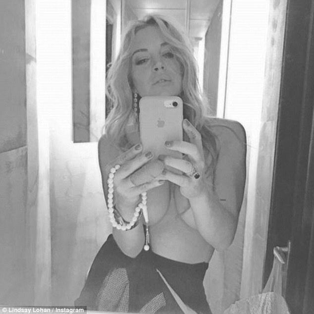 Instagram Линдси Лохан