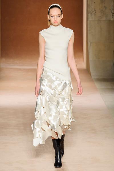 Показ Victoria Beckham на Неделе моды в Нью-Йорке | галерея [1] фото [2]