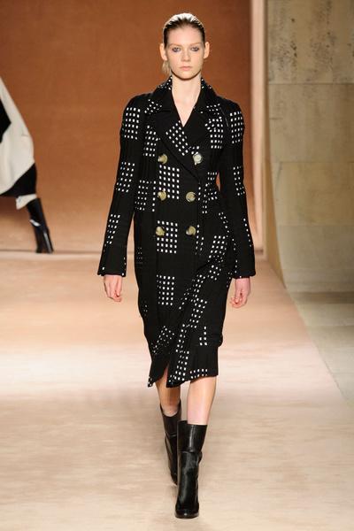 Показ Victoria Beckham на Неделе моды в Нью-Йорке | галерея [1] фото [17]