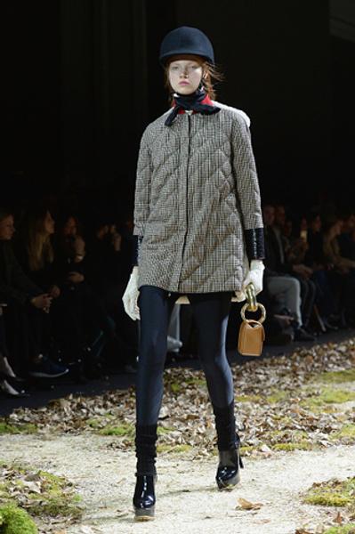 Неделя моды в Париже: показ Moncler Gamme Rouge осень-зима 2015/16 | галерея [1] фото [6]