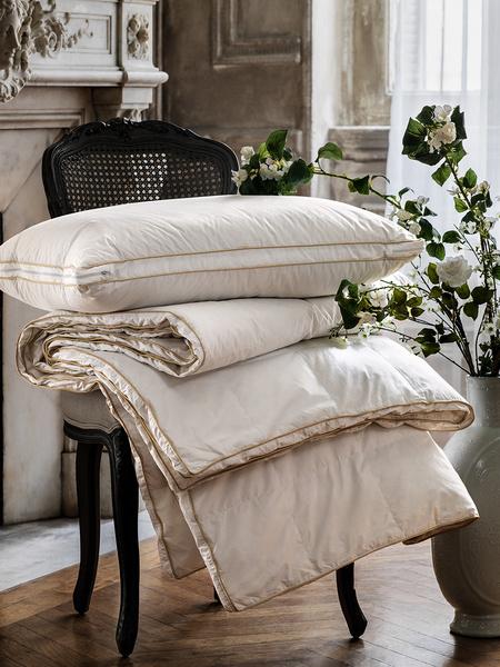 Специальное предложение на подушки и одеяла Togas | галерея [1] фото [4]