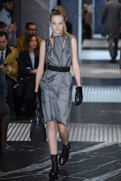 Бренд Prada представил на Неделе мужской моды в Милане сразу две коллекции | галерея [3] фото [7]